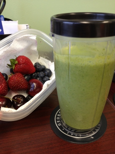 Breakfast Green Smoothie and Fresh Fruit
